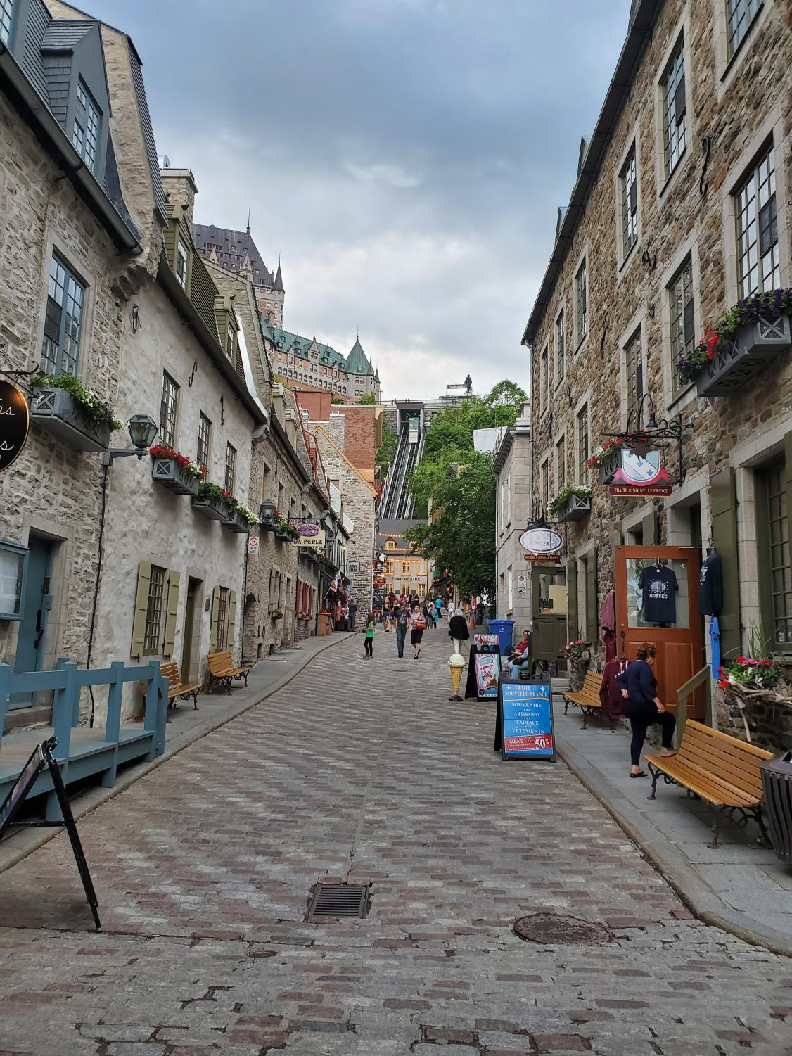 The Glendale Community College French Club is planning a study abroad trip to Montreal and Quebec, Canada, May 17-30. The trip is open to anyone enrolled at GCC.
